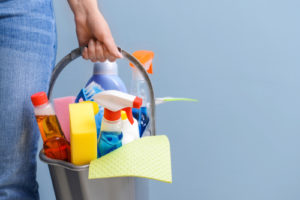 How do I choose a house cleaning service