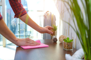 How to clean quickly for unexpected guests